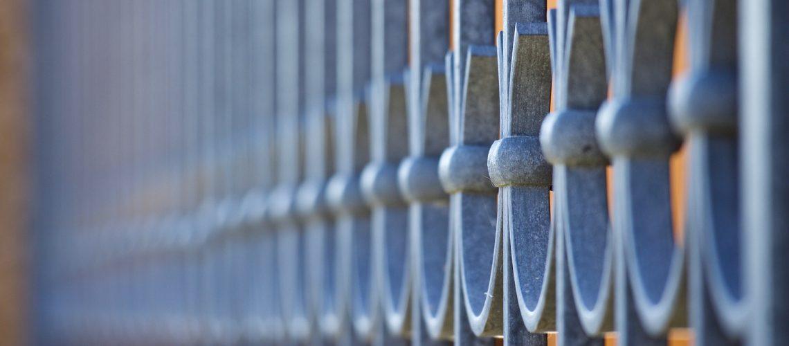 railing-3855288_1920